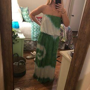 Dresses & Skirts - Green tie dye maxi dress